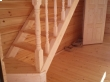 Угловая деревянная лестница